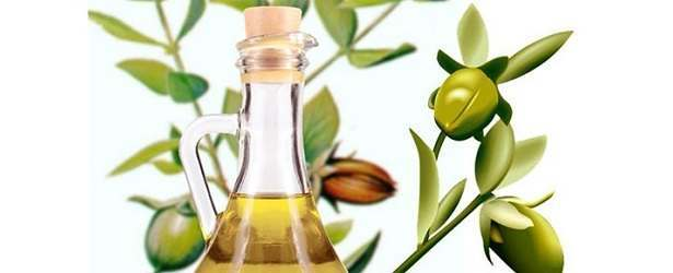 Treat Stretch Marks with Jojoba Oil